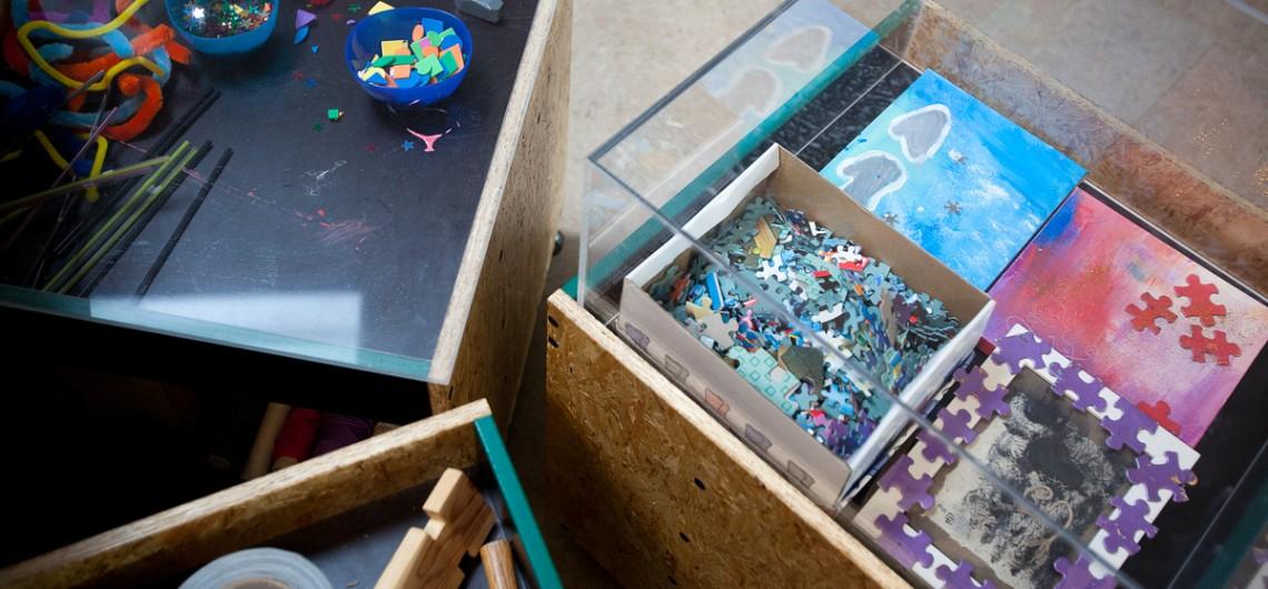 udstilling af materialer i materialevogne til inspiration