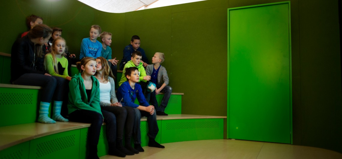 Galaxen på Engum Skole. Video konferencerum i læringscenter for børn.