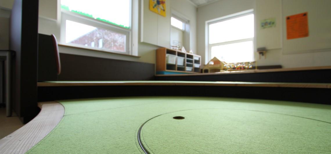 hul til legetøj i legepodie. Børnehaven på den internationale skole i billund.