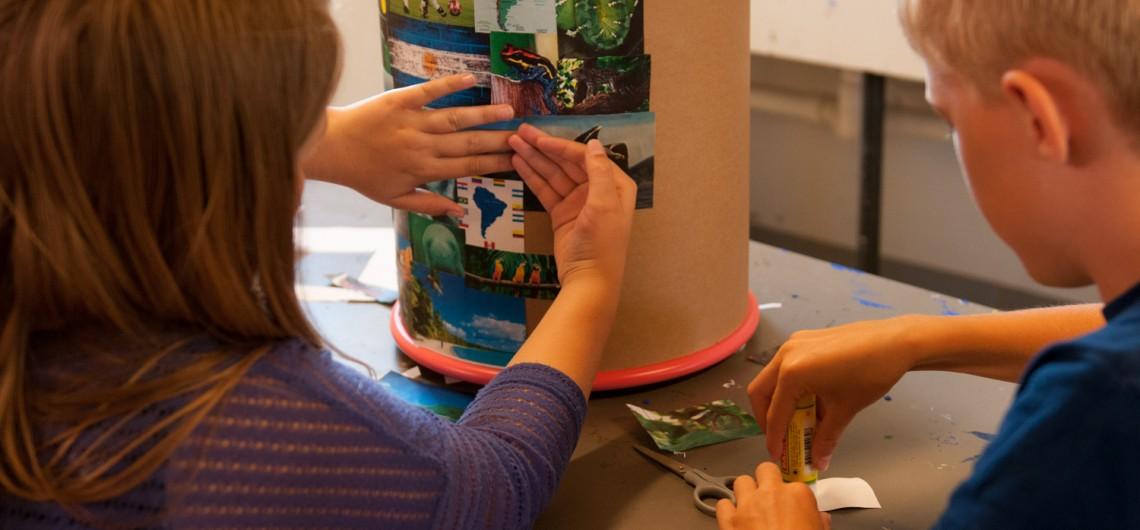 Taburetter til børn. Udsmykket af børn på Engum skole, Kunst-håndværk-design-forløb